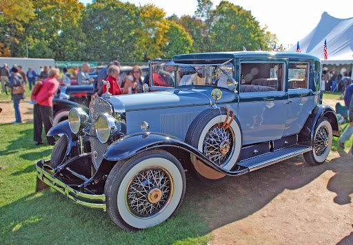 Vintage Cars and National TV Celebrity Helping Children and Youth